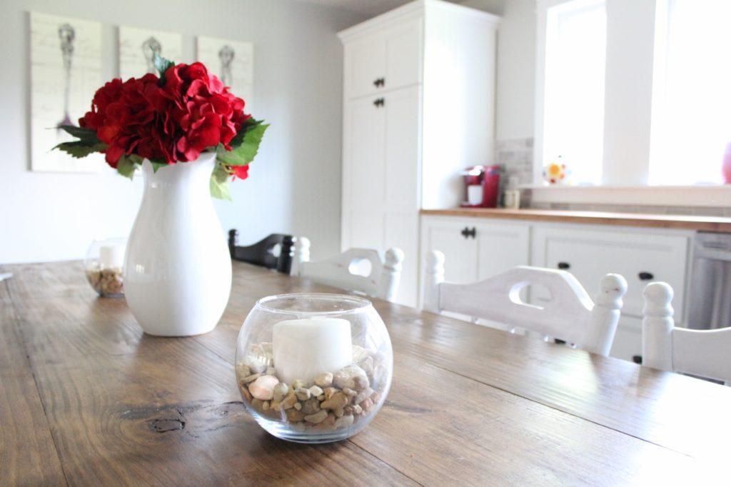 Light and bright farmhouse kitchen
