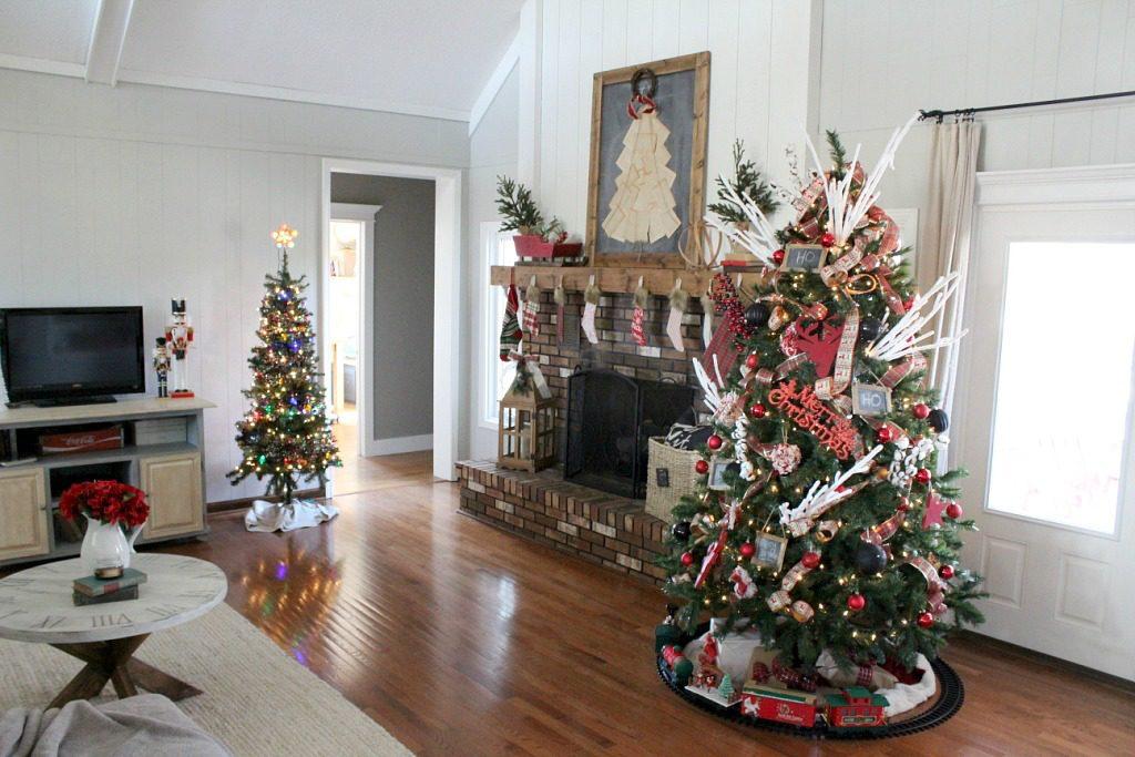Christmas Home Tour 2016--Woodshop Diaries