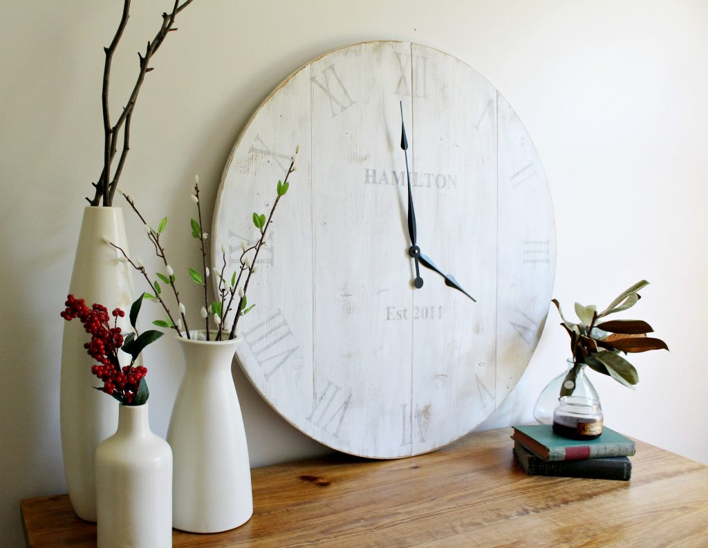 How to make your own personalized wood wall clock with free tutorial