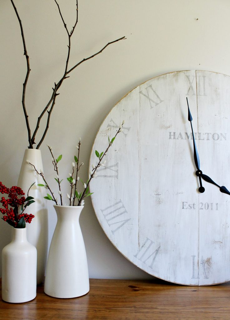 How to build your own personalized DIY wooden wall clock with this free tutorial