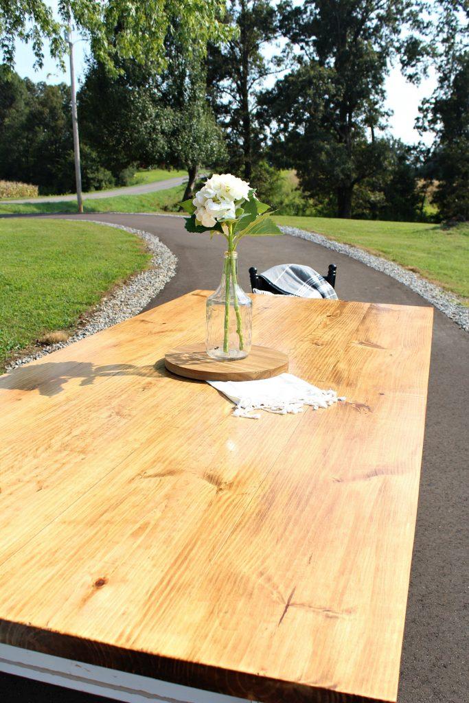 Seamless top on DIY Farmhouse Dining table--Minwax Early American and Minwax Polycrylic in Semi Gloss