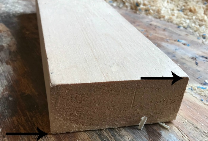 Close up of rounded edge of 2x4