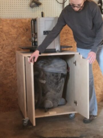 DIY Mobile Tool Cart Used For Planer Stand