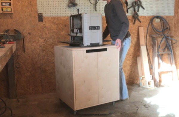 DIY Simple Mobile Tool Cart