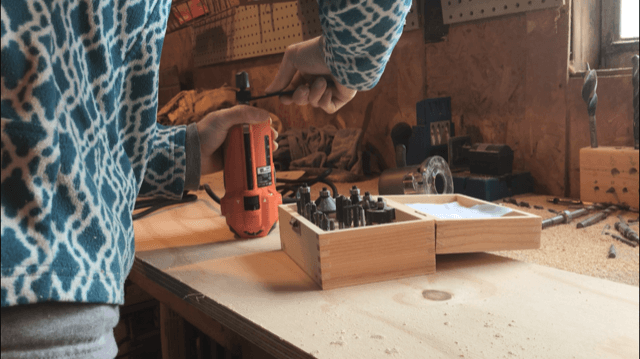 """Installing ¾"""" router bit into router to cut dadoes for DIY bookshelf"""