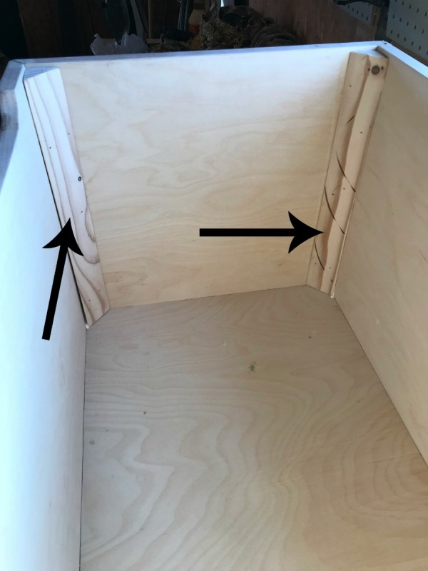Corner braces to strengthen miter joints of storage chest box
