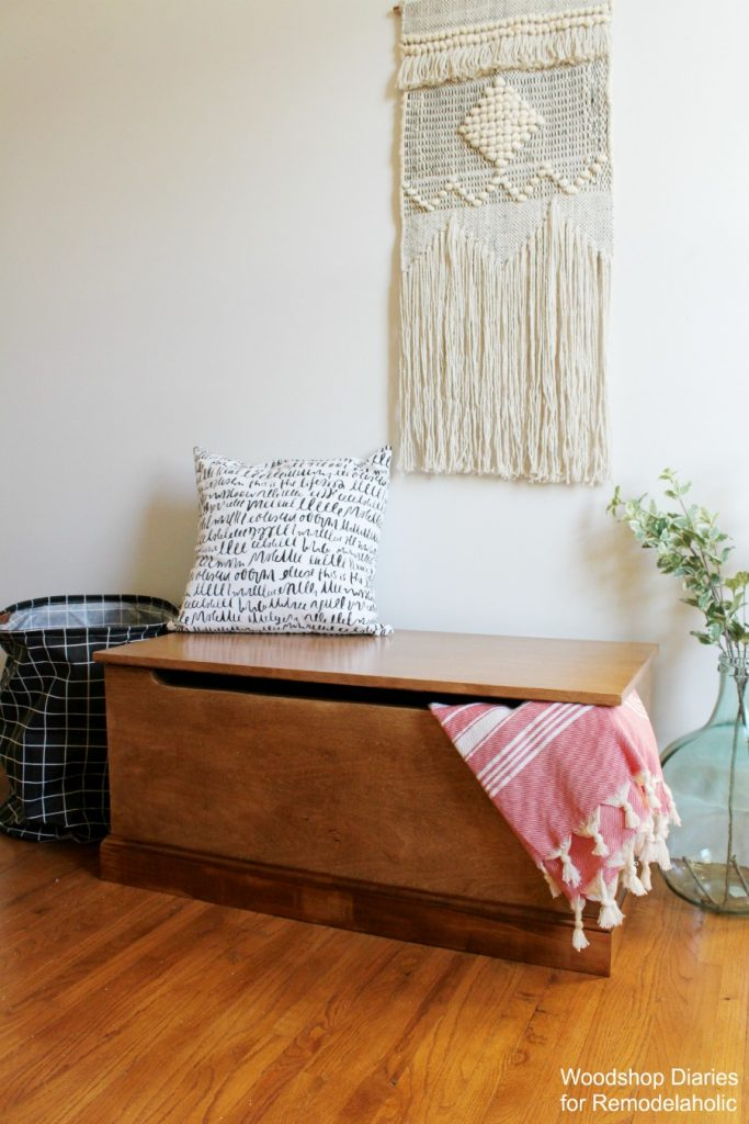 DIY Simple Storage Trunk Blanket Chest with soft close lid closed