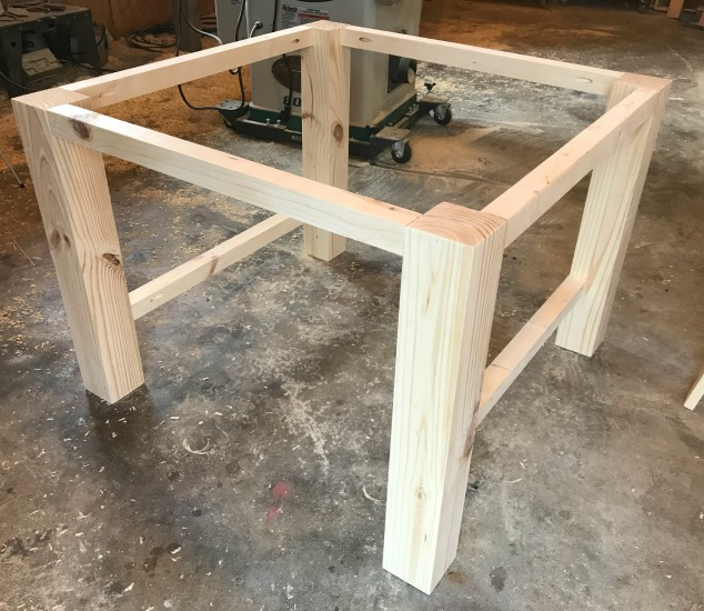 How to build a Kid's play table base