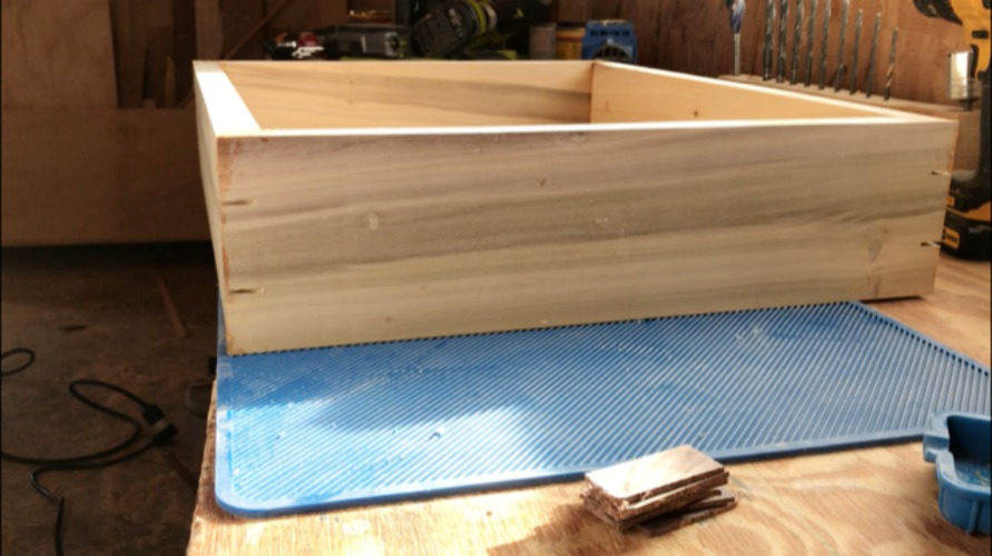 splines cut and ready to be glued into box corners