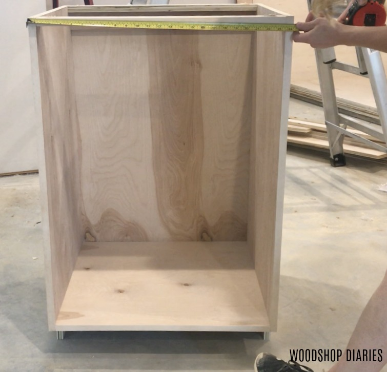 Base cabinet measuring for door size