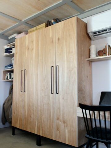 How to Build Your Own Stand Alone DIY Closet Cabinets With Clothes rod and adjustable shelves and even a shoe rack!