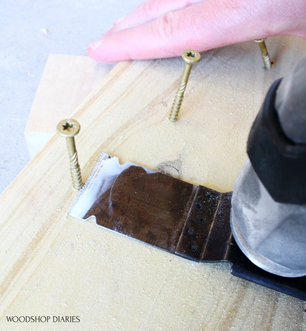 Dremel blades for oscillating saw cutting through metal screws
