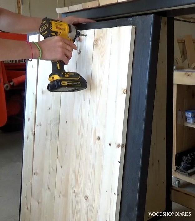 """Installing door slats into door frame with 1 ¼"""" wood screws"""