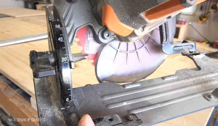 Close up of angle setting on circ saw bevel