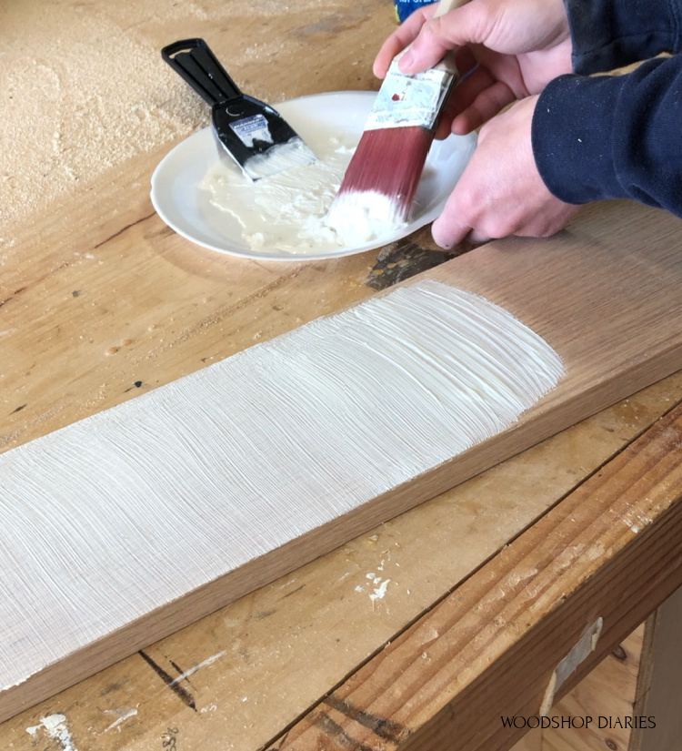 Using grain filler to add whitewash effect to wooden sign board