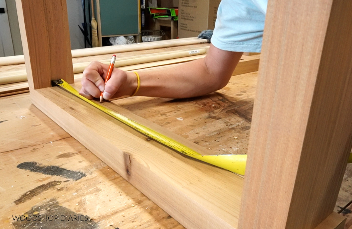 Measuring out dowel locations on DIY outdoor chair top frame